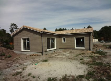 maison avec bardage bois nordique