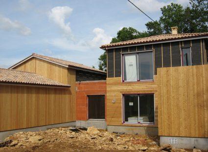 maison avec bardage composite