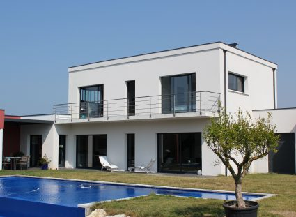 maison neuve charente maritime avec piscine