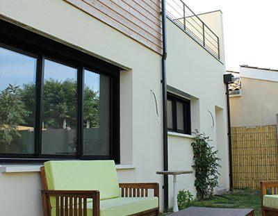 maison avec terrasse bois espace détente
