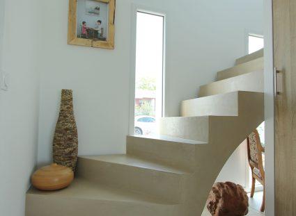 maison de famille escalier