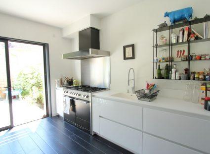 maison contemporaine nature cuisine lumineuse
