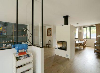 maison de ville séjour avec cheminée