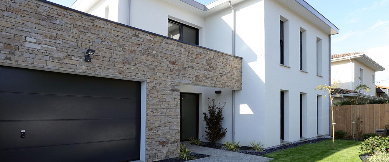 maison-en-parement-pierre-panoramique