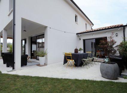maison de ville familiale avec terrasse