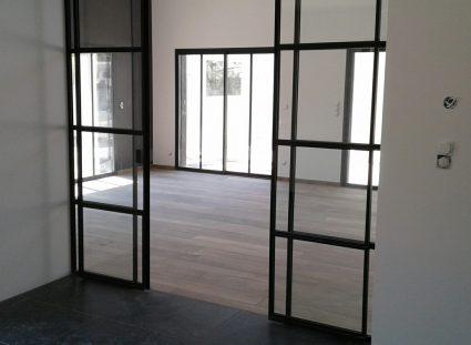 baies vitrées maison à étage
