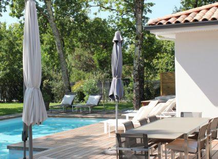 maison moderne avec jardin & piscine