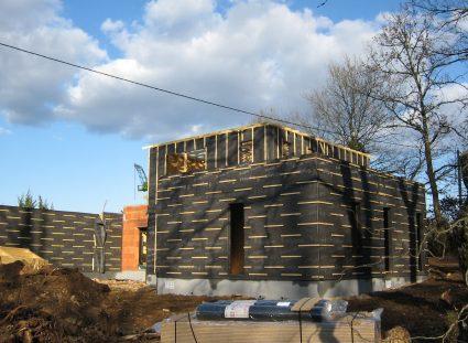maison contemporaine en ossature bois murs avec parepluie 05