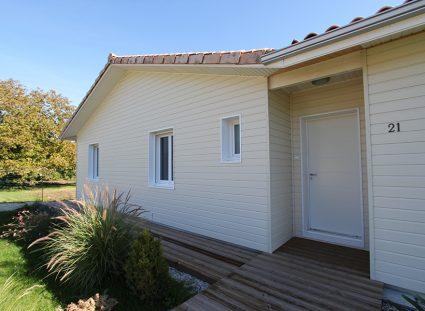 maison ossature bois massif peint usine