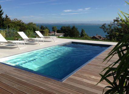 piscine steel and style avec vue sur mer