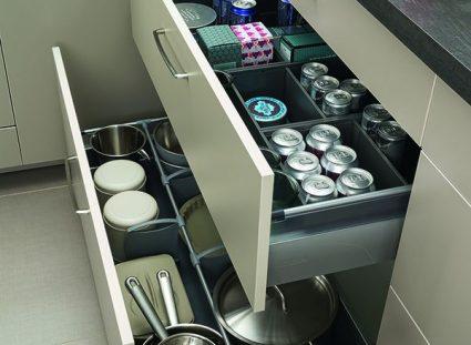 la cuisine avec tiroirs coulissants et modulables