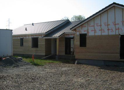 une maison ossature bois en Aveyron bardage