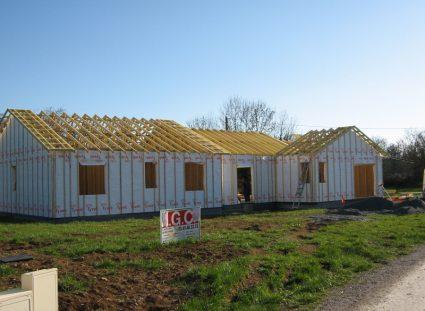 une maison ossature bois en Aveyron couverture