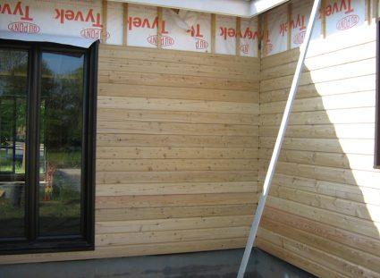 une maison ossature bois en Aveyron menuiseries