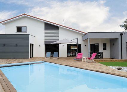belle maison landaise avec piscine