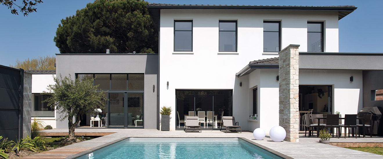 chantier-maison-villa-concept-pano