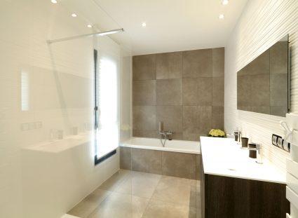 villa bordeaux salle de bain moderne