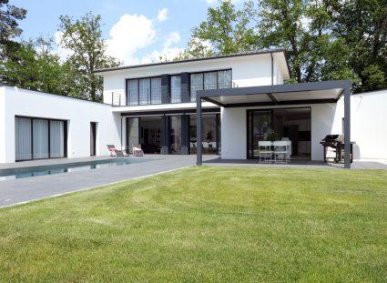 villa contemporaine façade arrière