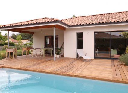 Maison contemporaine avec piscine