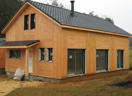 maison bois avec pose verticale et horizontale