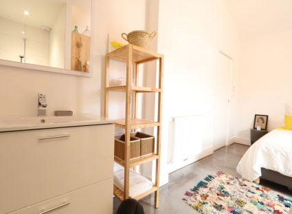 maison contemporaine Arcachon chambre et salle de bains