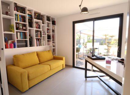 maison contemporaine avec espace bureau