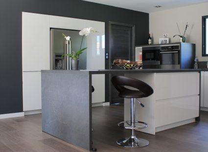maison contemporaine cuisine ilot central