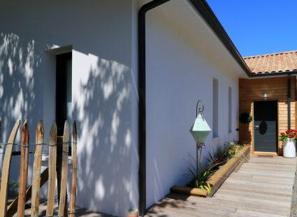 façade avant belle maison dans les landes