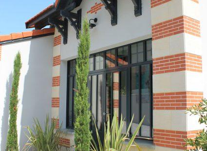 maison contemporaine porte vitrée