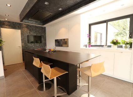 maison contemporaine cuisine lumineuse