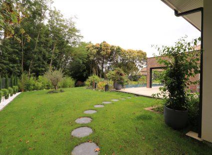 maison contemporaine prestige jardin