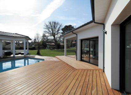 maison contemporaine prestige terrasse bois
