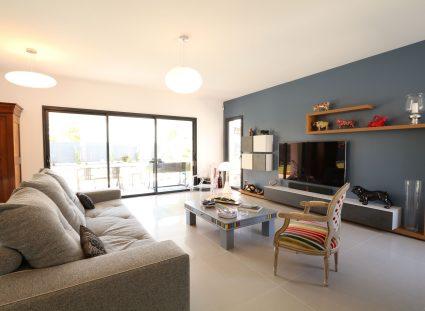 maison contemporaine séjour lumineux