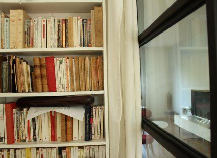 maison de ville avec bibliotheque