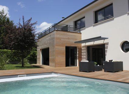 maison de ville piscine terrasse bois