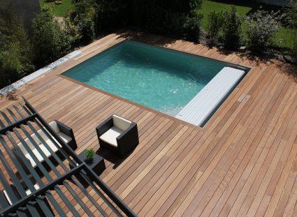 maison de ville avec vue sur piscine