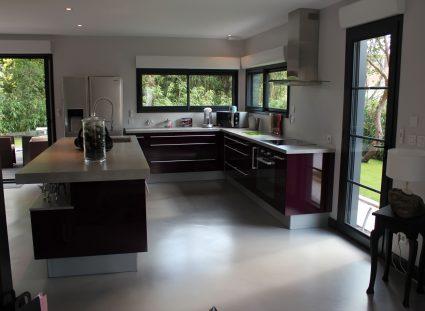 maison ossature bois avec grande cuisine