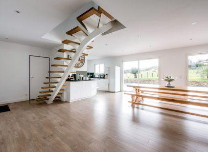 maison contemporaine avec séjour design