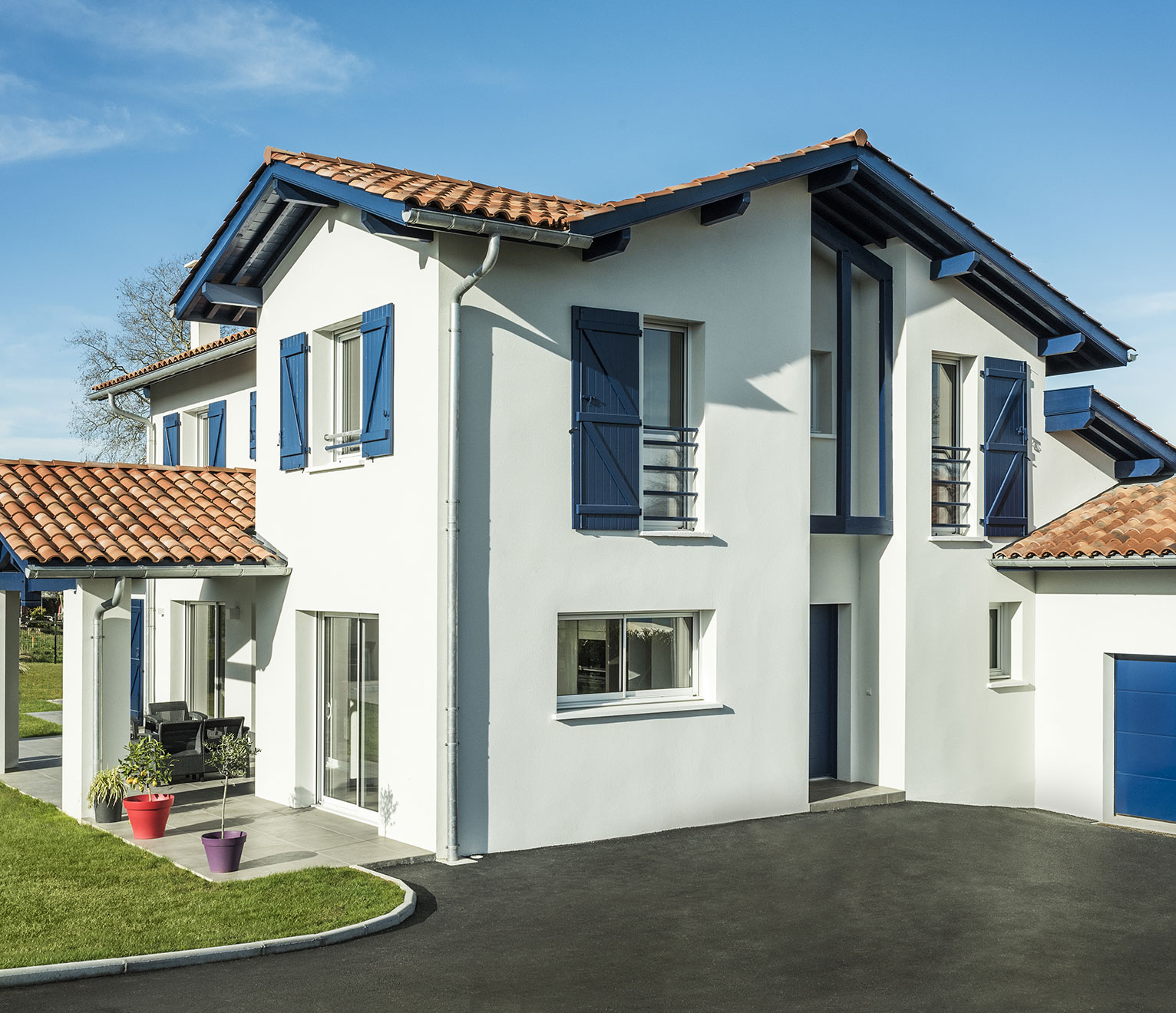 une maison contemporaine façade avant