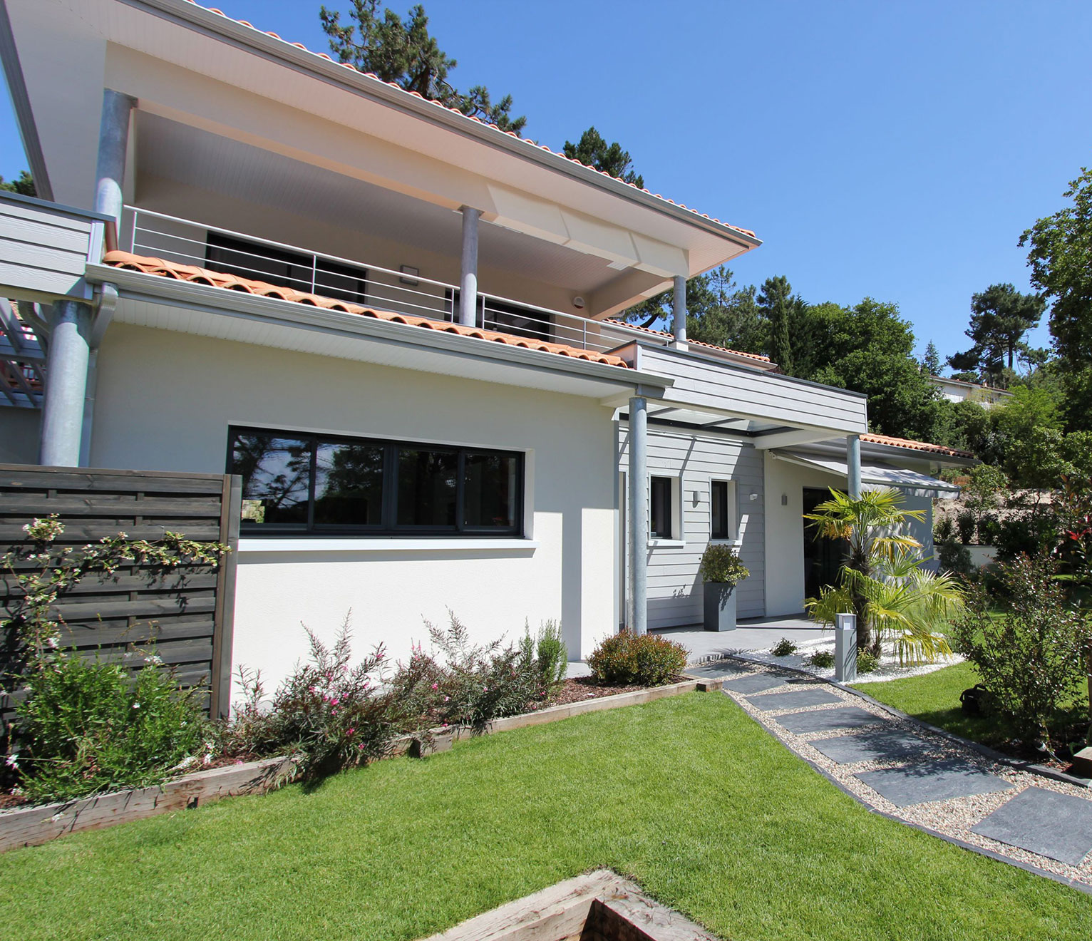 villa contemporaine igc avec toit terrasse