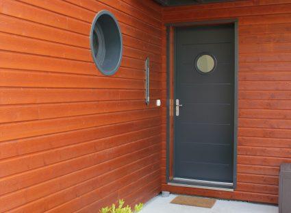 villa bois entrée design