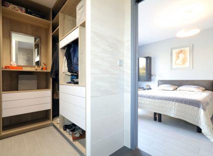 villa contemporaine chambre parentale dressing