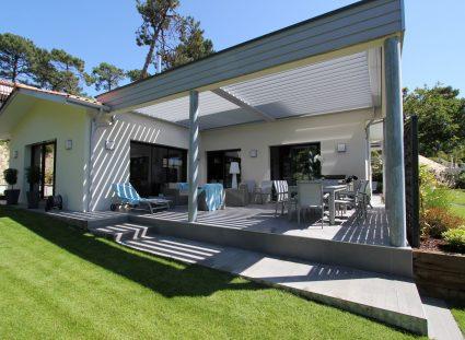 villa contemporaine igc avec pergola