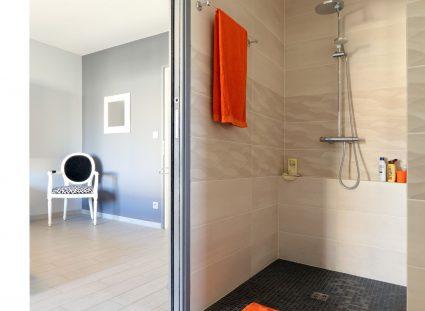 villa contemporaine salle d'eau