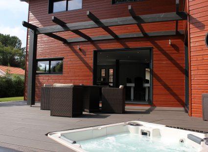 villa ossature bois avec jacuzzi