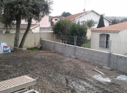 chantier maison à étage à royan séparation du terrain