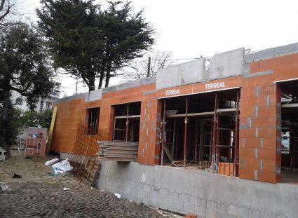 construction d'une maison à étage sur royan élévation murs