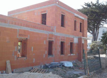 élévations des murs d'une maison neuve à royan