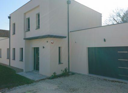 maison neuve à étage construite à royan