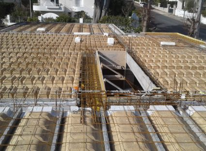 plancher hourdis sur vide sanitaire d'une maison à étage à royan